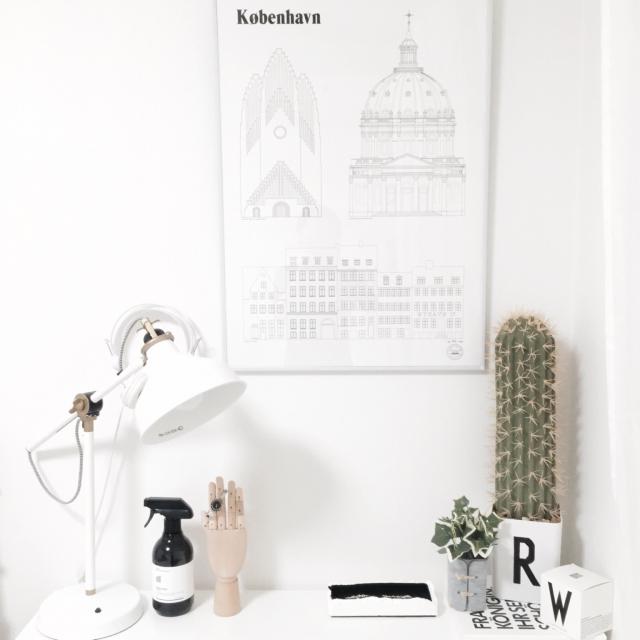 My Desk,IKEA,植物,ハンドメイド,机周り,北欧,白黒,モノトーン,ホワイトインテリア,フェイクグリーン,シンプルライフ,DESIGN LETTERS,海外インテリアに憧れる,セメント,DESIGN LETTERS風,柱サボテン,COLONY 2139,ちいちゃん♡のインテリア実例 | RoomClip (ルームクリップ)