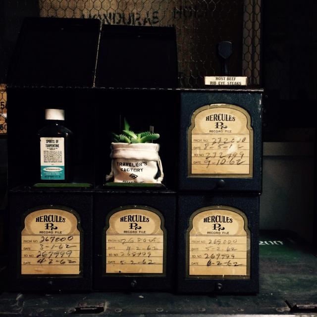 My Shelf,アンティーク,ビンテージ,インダストリアル,米軍,アーモBOX,TRAVELER'S FACTORY,VINTAGE & MILITARYのインテリア実例 | RoomClip (ルームクリップ)