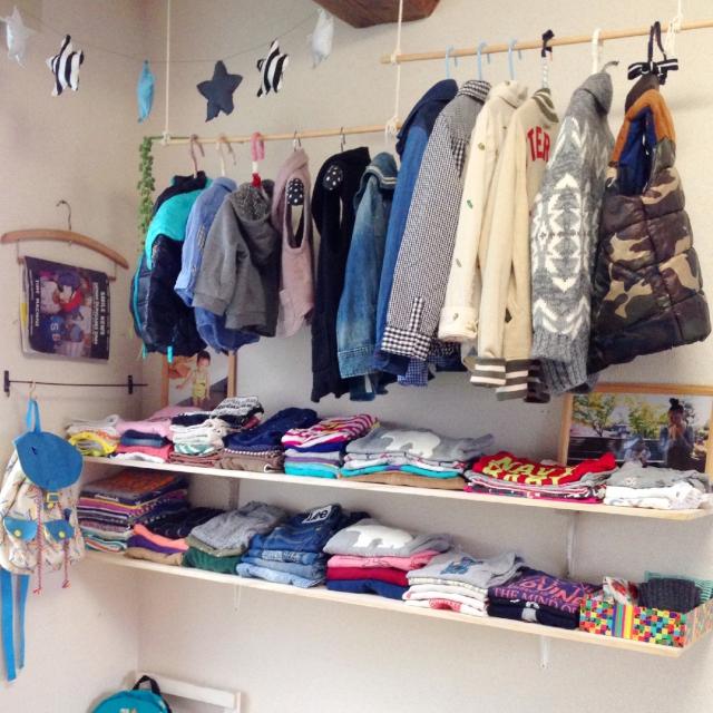 小さくて量が多い!場所を取りがちな子供服の収納法☆ | RoomClipMag | 暮らしとインテリアのwebマガジン