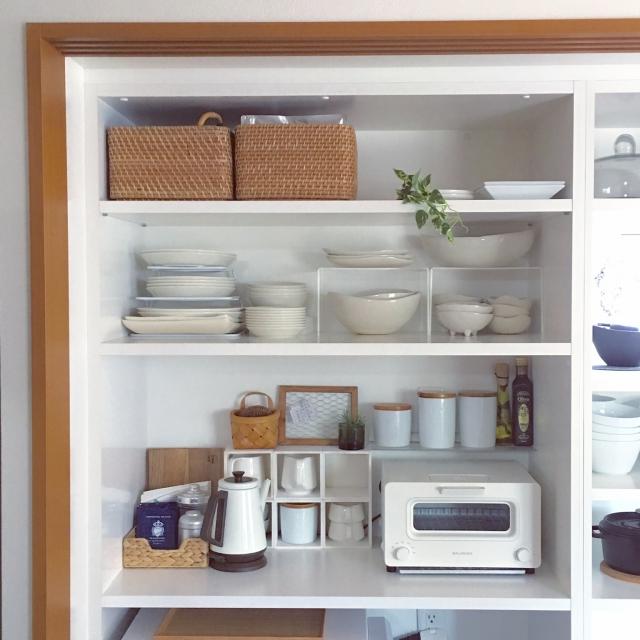 白×カゴでずっと居たくなるキッチンに♪