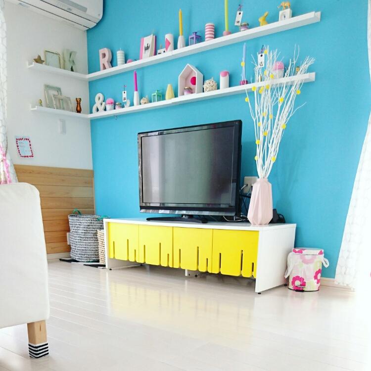 女性で、、家族住まいのインスタID→yukanenko1022/インスタやってます♡/白い床…などについてのインテリア実例を紹介。