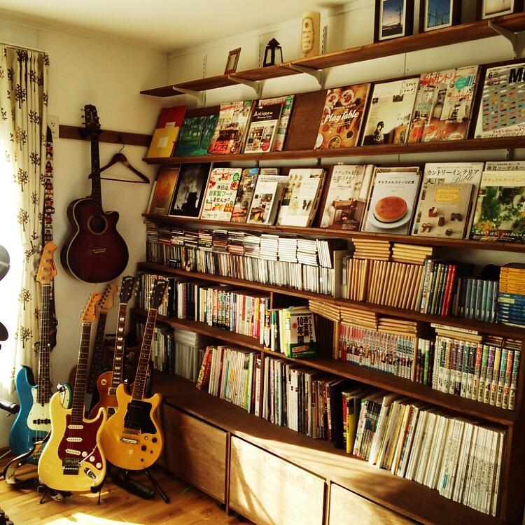 まるでライブラリー♪大量の本を素敵に収納するコツ