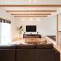 Lounge/観葉植物/照明/ナチュラル/スピーカー/BOSE/広松木工/自然素材/壁掛けTV/60インチTV/広松木工TVボード/広松木工ローテーブルに関連する部屋のインテリア実例