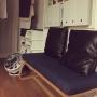 My Shelf/無印良品/サーキュレーター/カインズホーム/ベンチソファー/バルミューダ/デニムソファ/無印良品 収納/セキスイハイム/リビングでもダイニングでも使えるソファ/ランドリースペース/カインズホームのキャリコ/デニム素材に関連する部屋のインテリア実例