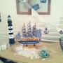 My Shelf/瓶/貝殻/salut!/ガーランド/salut/船/灯台/砂/いかり/マリンディスプレイ/ガラスボールに関連する部屋のインテリア実例