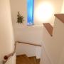 Overview/ナチュラル/階段/ドライフラワー/お花/シンプル/オリーブ/ホワイト/白がすきに関連する部屋のインテリア実例