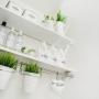 女性で、2LDK、家族住まいの観葉植物/Bathroom/ウォールラック/mon・o・tone/ランドリー収納…などについてのインテリア実例を紹介。