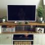 Lounge/観葉植物/無印良品/ダイソー/ナチュラル/雑貨/100均/エアプランツ/白いテレビ/アクタス小物/フェリシモの小引き出しに関連する部屋のインテリア実例