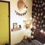 女性で、4LDK、家族住まいのベッド周り/ワードバナー/アニマルヘッド/IKEA/木箱DIY/絵本棚DIY…などについてのインテリア実例を紹介。