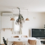 On Walls/ダイニングテーブル/ドライフラワー/シンプル/マルニ木工/シンプルライフ/花のある暮らし/シンプルインテリア/木のぬくもりに関連する部屋のインテリア実例