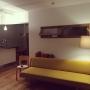 Overview/照明/フロアライト/黄色/間接照明/北欧/無垢床/室内窓/PH5/リノベーション/ハンス J ウェグナー/GE258/パークフース/アアルトチェアに関連する部屋のインテリア実例