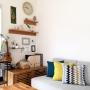 Lounge/無印良品/IKEA/イケア/ソファ/クッション/北欧/フレーム/北欧雑貨/クッションカバー/北欧インテリア/NOYES/北欧ナチュラル/ブルー&イエロー/無印良品 壁に付けられる家具/北欧ナチュラルインテリアに関連する部屋のインテリア実例