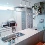 Kitchen/照明/植物/北欧/多肉植物/シンプル/モンステラ/ブレットケース/みどりある生活/いいね&フォローありがとうございます☆/こどもと暮らす。/バリエガタ/28.6.29に関連する部屋のインテリア実例