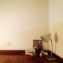 Bedroom/照明/ロフト/100均/一人暮らし/ドライフラワー/シンプル/花のある暮らしに関連する部屋のインテリア実例
