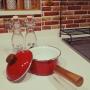女性で、4LDK、家族住まいのレンガシート/ホーロー大好き♥/Kitchenについてのインテリア実例を紹介。