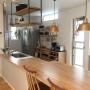 Kitchen/無印良品/一軒家/吊り棚/造作家具/無垢材/marusho homeに関連する部屋のインテリア実例