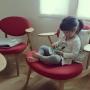 Lounge/ミナペルホネン/KLIPPAN/柏木工/スウェーデンハウス /mina perhonen/swedenhouse/コットンブランケット/イージーチェア/boss chair/いつもいる場所/ボスチェアに関連する部屋のインテリア実例