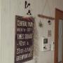 On Walls/ダイソー/100均/DIY/カフェ風/セリア/壁紙/エアプランツ/枕木/男前/ウォールライト/木目調壁紙/木目調クロス/白木目/ウォールライト風/ウッド調クロスに関連する部屋のインテリア実例