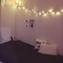 Bedroom/照明/一人暮らし/夜/モノトーン/ニッセン/フェアリーライト/ザラホーム クッションに関連する部屋のインテリア実例