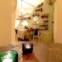 My Desk/照明/ニッチ/テーブル/レンガ/白い壁/イッタラキャンドルホルダー/ハーブティーコーナーに関連する部屋のインテリア実例