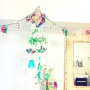 Bedroom/アンティーク/モビール/ハンドメイド/DIY/unico/セリア/小鳥/メルヘン/がーランド/Bカンパニー/リノベーション物件/ミラー壁掛け/白のチカラに関連する部屋のインテリア実例