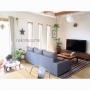 Lounge/模様替え/モンステラ/天板DIY/ニトリソファー/キッチンから見たリビング/こどもと暮らす。/手作りの星/ソファの位置変更に関連する部屋のインテリア実例