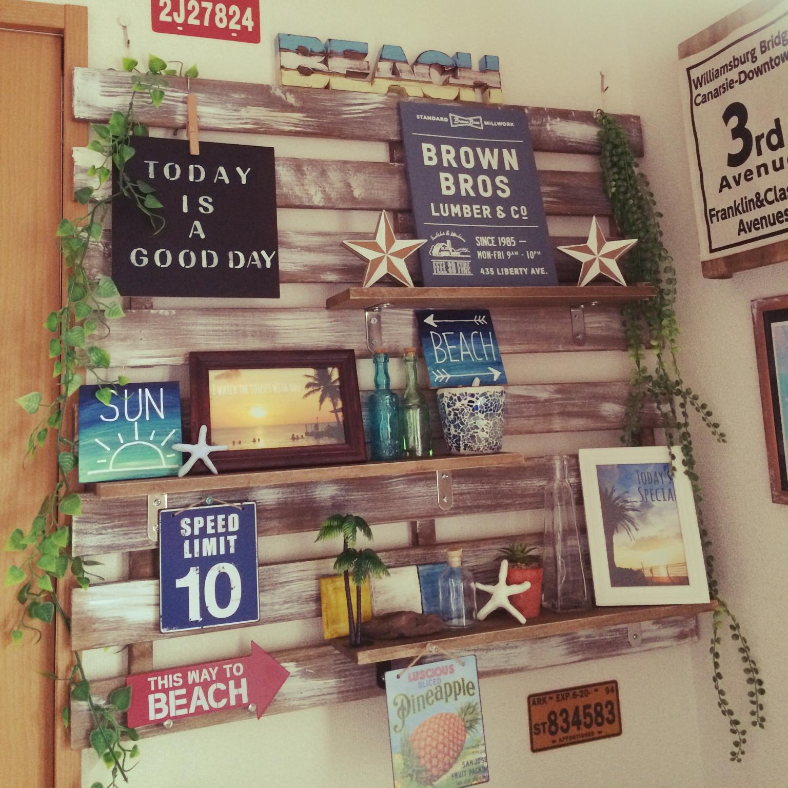 100均アイテムを使ってお部屋を西海岸風にディスプレイ! | RoomClip mag | 暮らしとインテリアのwebマガジン