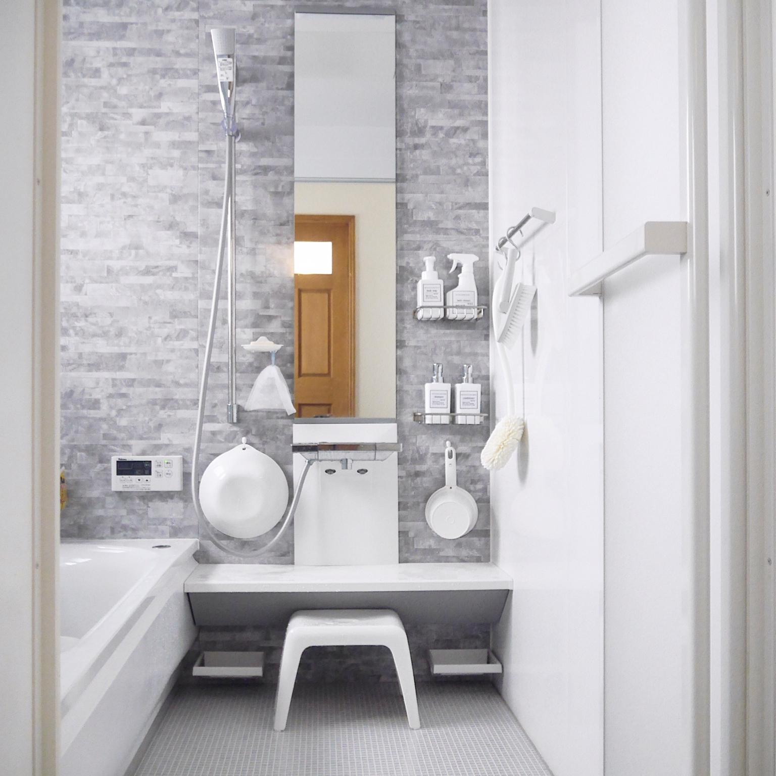 ピカピカきれい! お風呂場をきれいに保つちょっとしたコツ | RoomClip mag | 暮らしとインテリアのwebマガジン