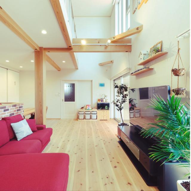 木のぬくもりを家の中に♪無垢床リビングのある風景