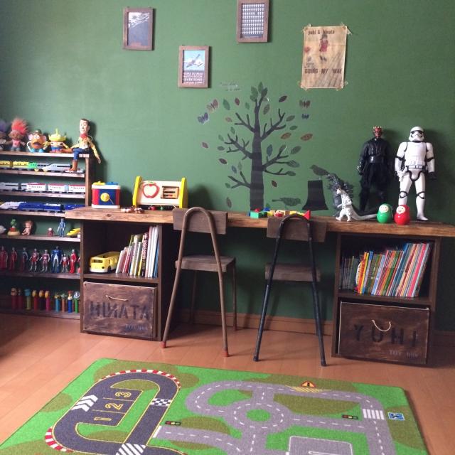 親子でお気に入り!かっこいい男子部屋を作っちゃおう | RoomClip mag