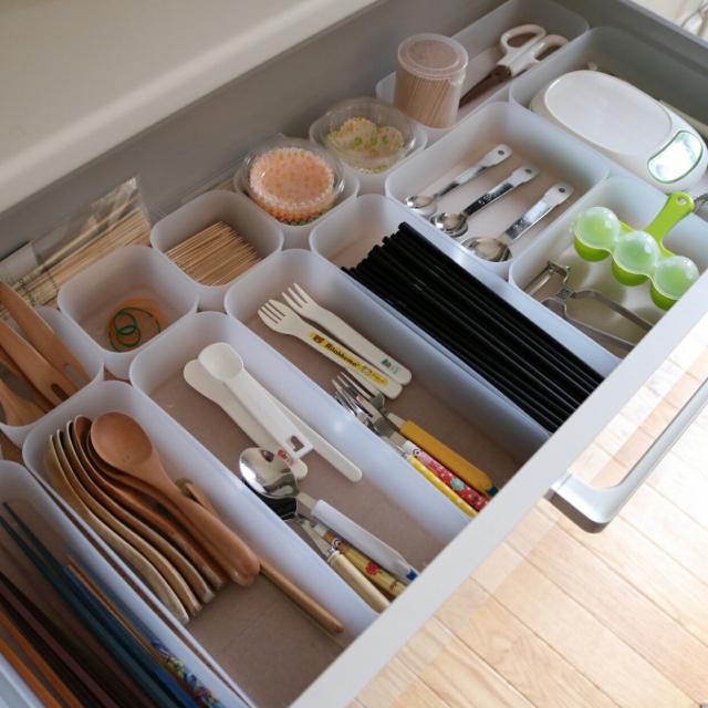 新生活も100均アイテムで快適なキッチンに! | RoomClip mag | 暮らしとインテリアのwebマガジン
