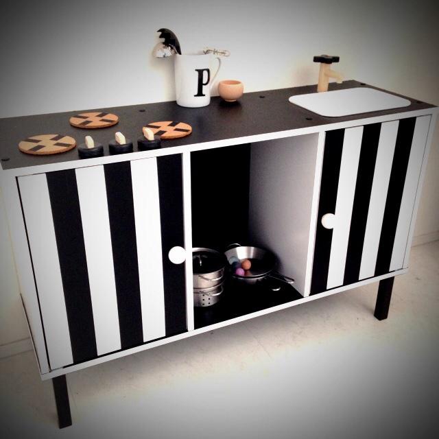 カラーボックスを使ってリメイクを楽しむ10のアイデア | RoomClip mag | 暮らしとインテリアのwebマガジン