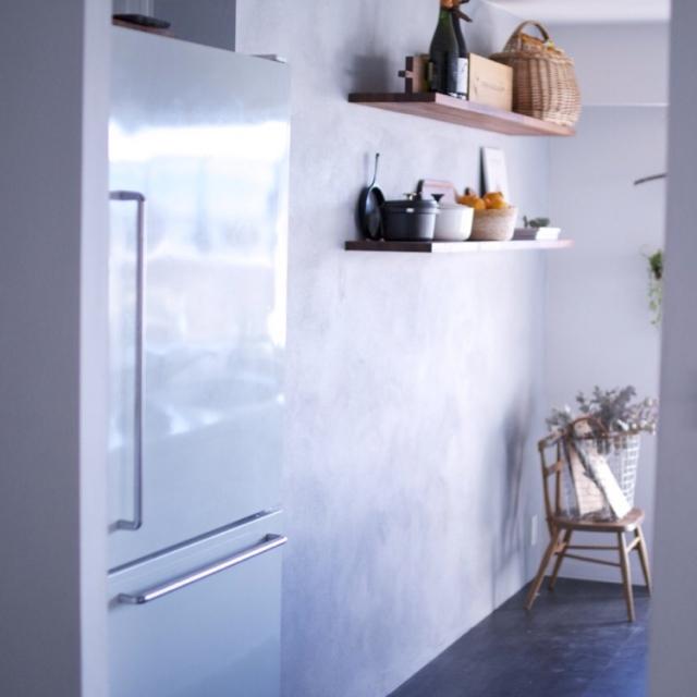 無印良品のアイテムで清潔感あふれるシンプルコーデ♪ | RoomClip mag | 暮らしとインテリアのwebマガジン