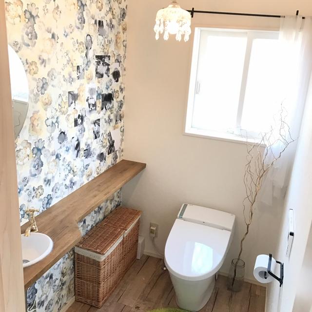 いつものお部屋をランクアップ♪柄壁紙を味方につける方法