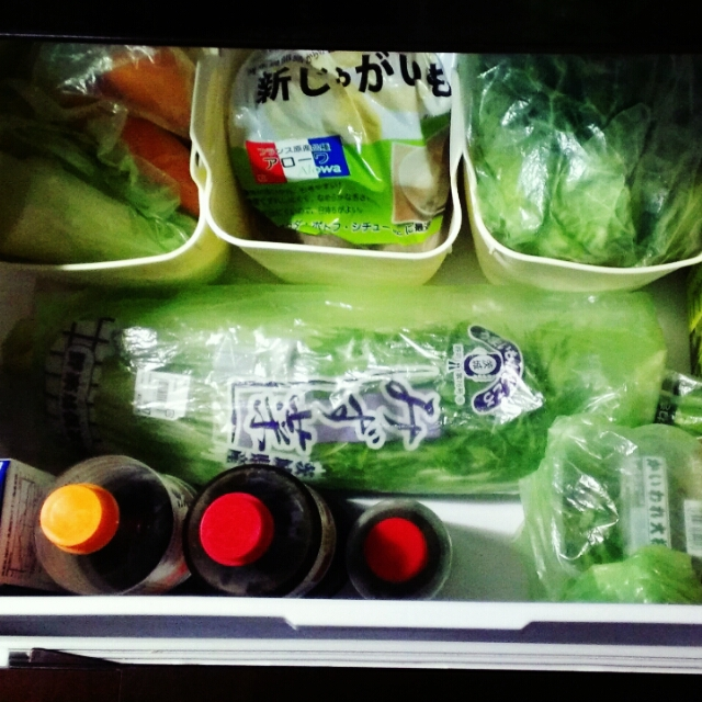 野菜室は変幻自在なシリコン素材が便利