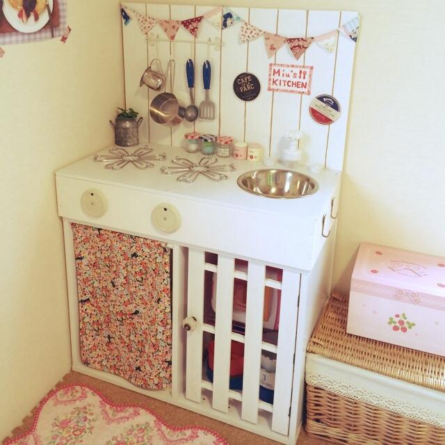 すのこを使った子供用キッチン