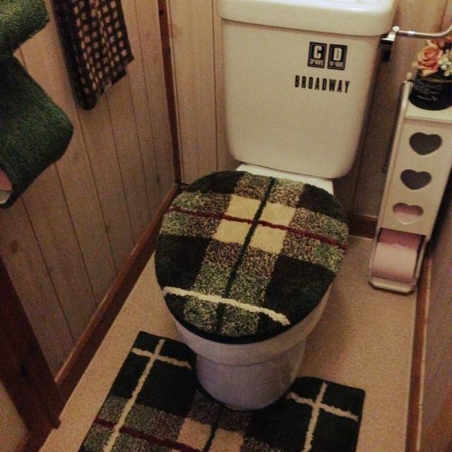 チェック柄シンプルなトイレマット&カバー