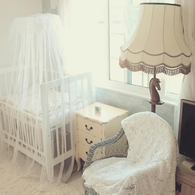 子どもがいても楽しめる!優しさいっぱいホワイトインテリア | RoomClip mag | 暮らしとインテリアのwebマガジン