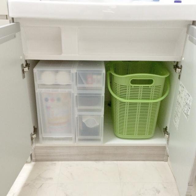 洗面台下の収納に