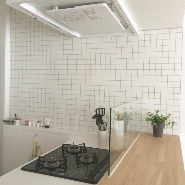 キッチンをイメチェン☆タイルが理想のキッチンを実現する | RoomClip mag | 暮らしとインテリアのwebマガジン