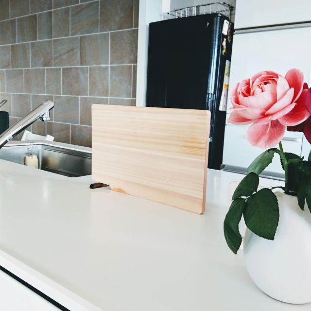 木製からモノトーンまで♡料理が楽しくなるまな板を使おう