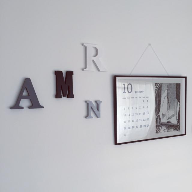 どう使う!?アルファベットオブジェ | RoomClip mag | 暮らしとインテリアのwebマガジン