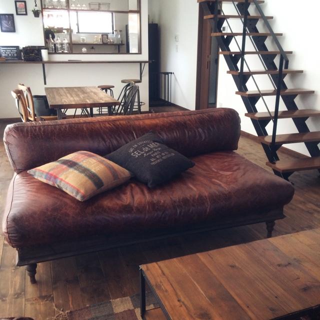 素材別!ソファのお手入れ、掃除方法   RoomClip mag   暮らしとインテリアのwebマガジン