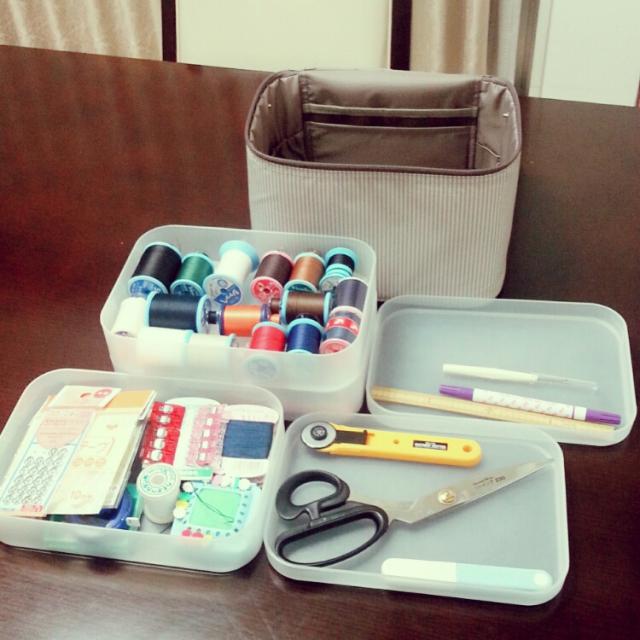 スチール工具箱#裁縫セット#編み物セット・ 裁ちばさみや