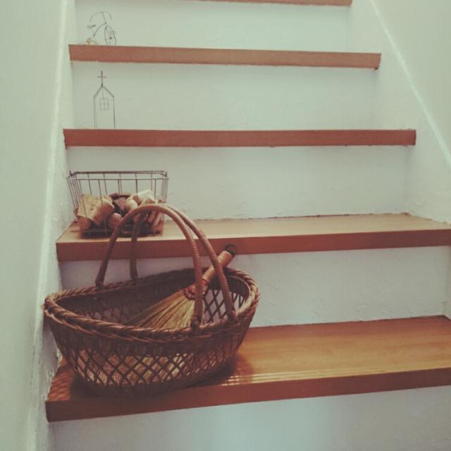 漆喰の階段は南フランスの田舎屋風