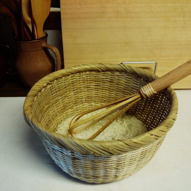 楽天市場の竹虎で購入した竹の米とぎ棒。540円