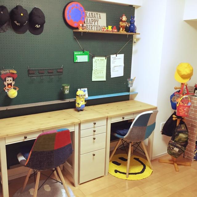 こどもの勉強机は、早めの決定がベスト! | RoomClip mag | 暮らしとインテリアのwebマガジン