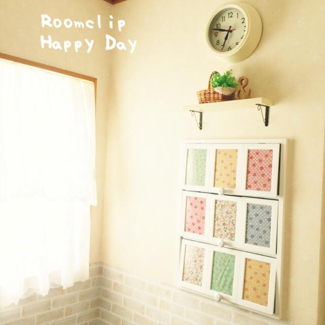 プチプラでうれしい☆ダイソーのフォトフレームが使える | RoomClip mag