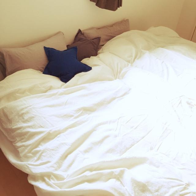 くつろげる快適空間に☆寝室作りの10のコツ | RoomClip mag | 暮らしとインテリアのwebマガジン