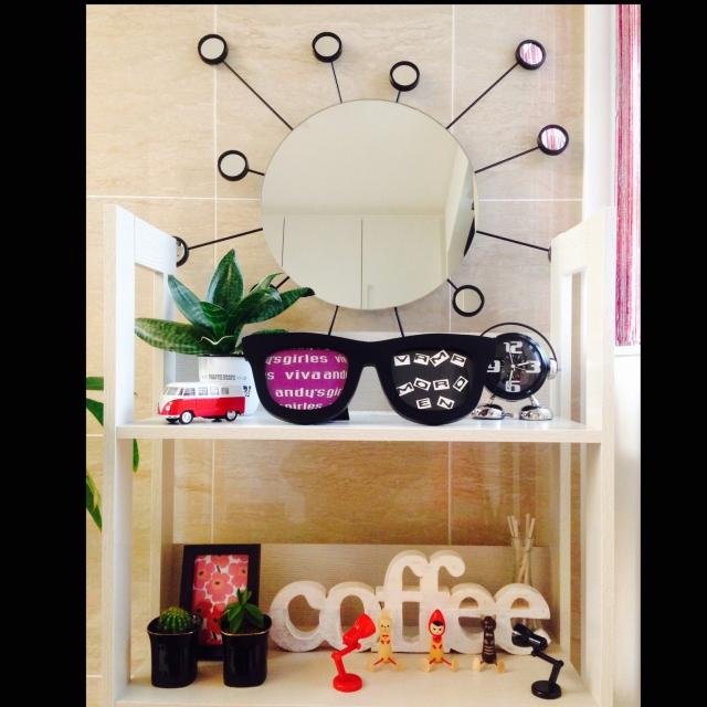 お部屋のアクセントに♡ニトリ・IKEAのミラーコレクション